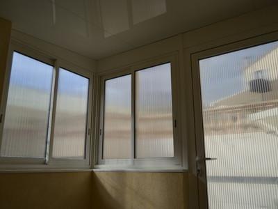 Fenêtres et porte en Alu, avec toiture Thermotop