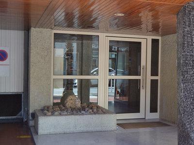 Porte Hall pour Habitat collectif
