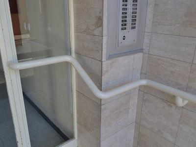 Main-courante accès immeuble